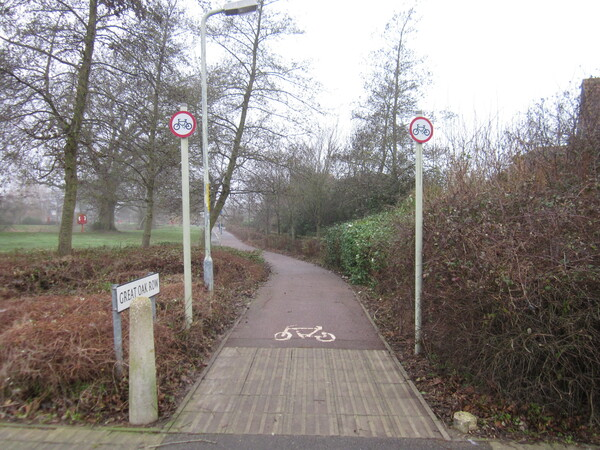 The photo for No cycling signs on Great Oak Row cycle path.